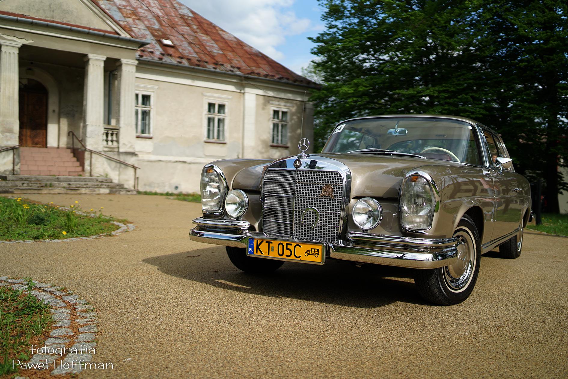 16 Rajd Nocy Muzeów Mercedes W111