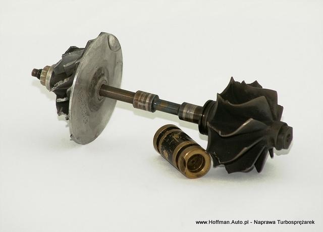 Turbosprężarka - uszkodzony wałek, tuleja, atakże wirniki posiadają uszkodzenia mechaniczne