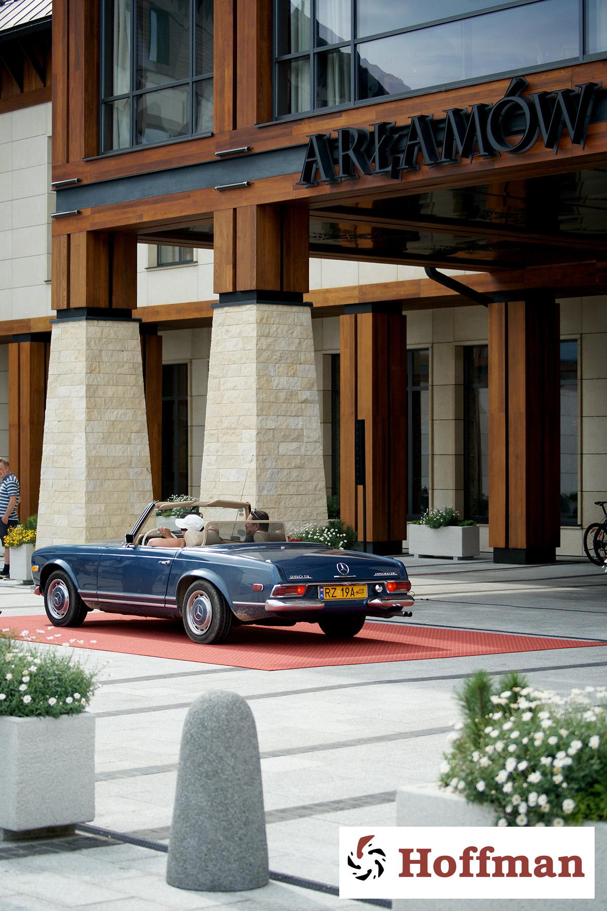 Mercedes W113, 280SL pagoda